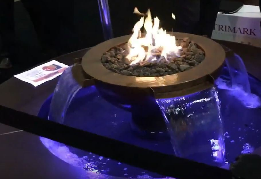 Outdoor fireplace – construction features and design.